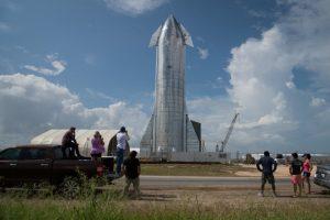 prototype-spacexs-starship-spacecraft